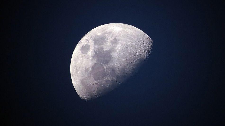 la luna 09142018