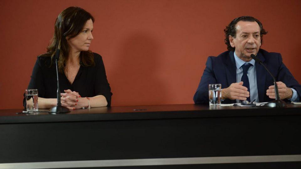 Conferencia de prensa de Dante Sica y Carolina Stanley.