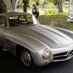 15-mercedes-benz-300-sl-gullwing-1954