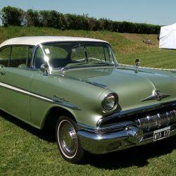 18-pontiac-chieftian-1955