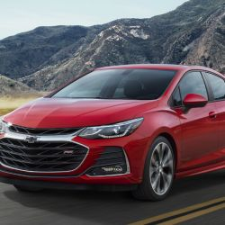 2-chevrolet-cruze-rs-hatch-2019