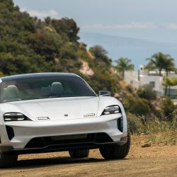 6-mission-e-cross-turismo-california-2018-porsche-ag