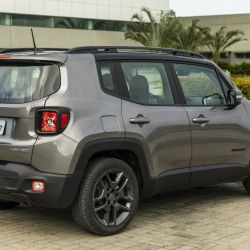 7-jeep-renegade-limited