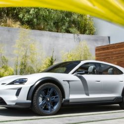 7-mission-e-cross-turismo-california-2018-porsche-ag