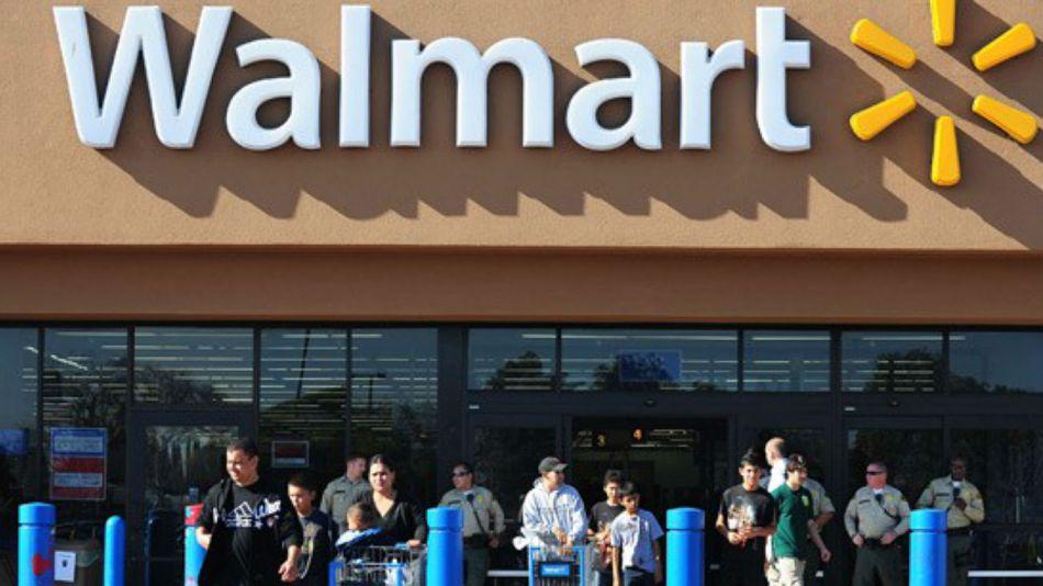 Walmart amplía sus negocios en indumentaria.