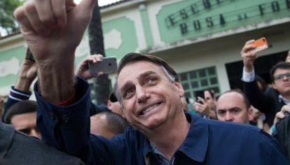 Jair Bolsonaro festejó su triunfo pero cuestionó el voto electrónico
