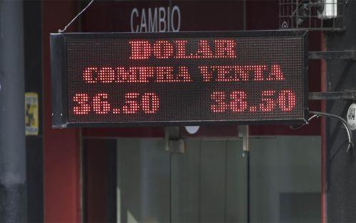 El dólar bajó por sexto día consecutivo y cerró en $37,62