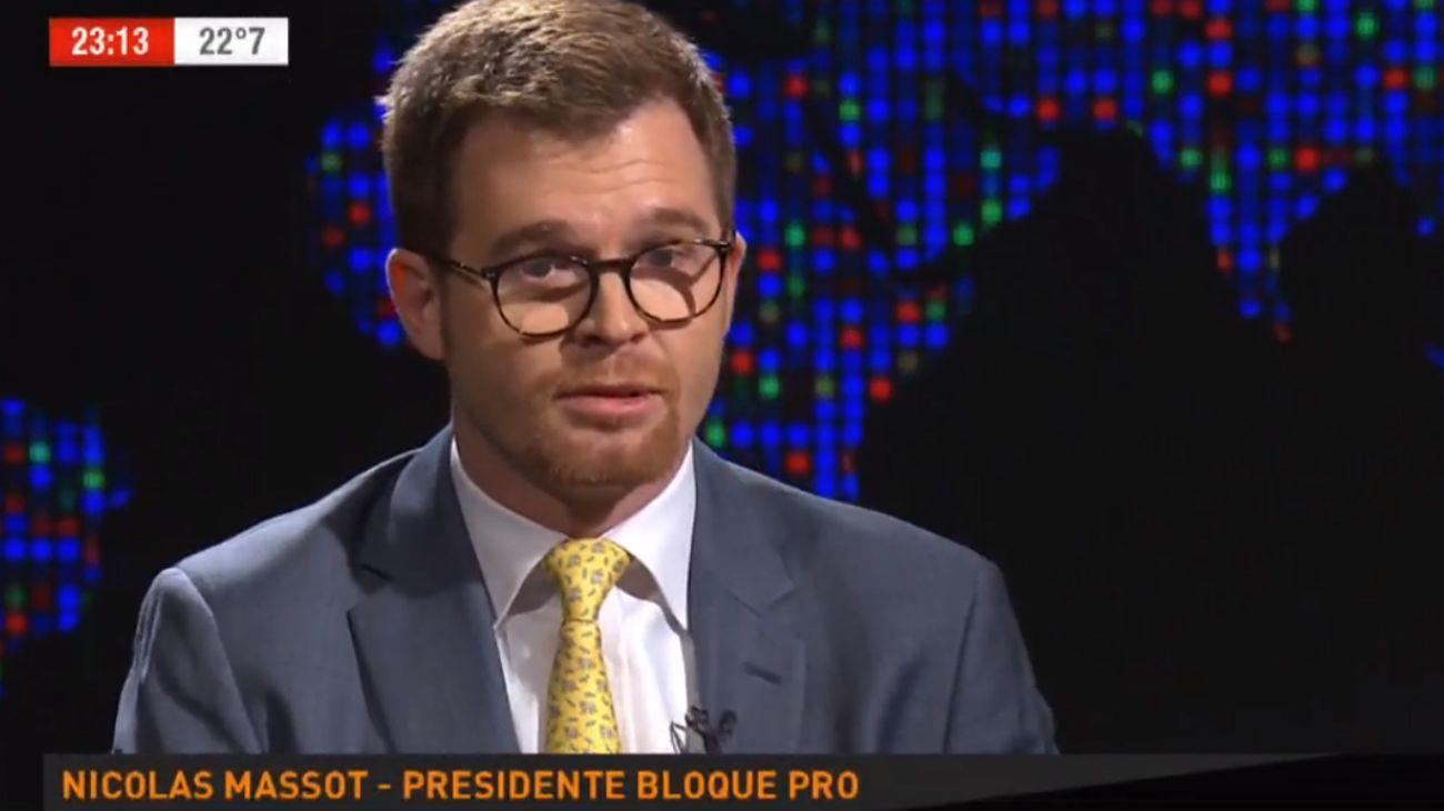 """""""Yo lo veo muy cómodo al presidente Macri con esta idea muy Sui Generis de oposición interna"""", dijo Massot."""