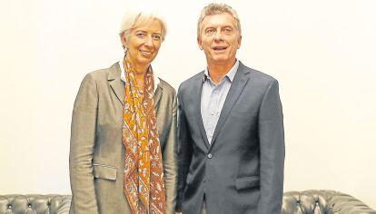 FMI. El acuerdo con el Fondo es el fracaso de una política económica.