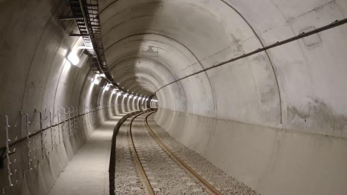Tours of the new subte line E tunnels will be available.