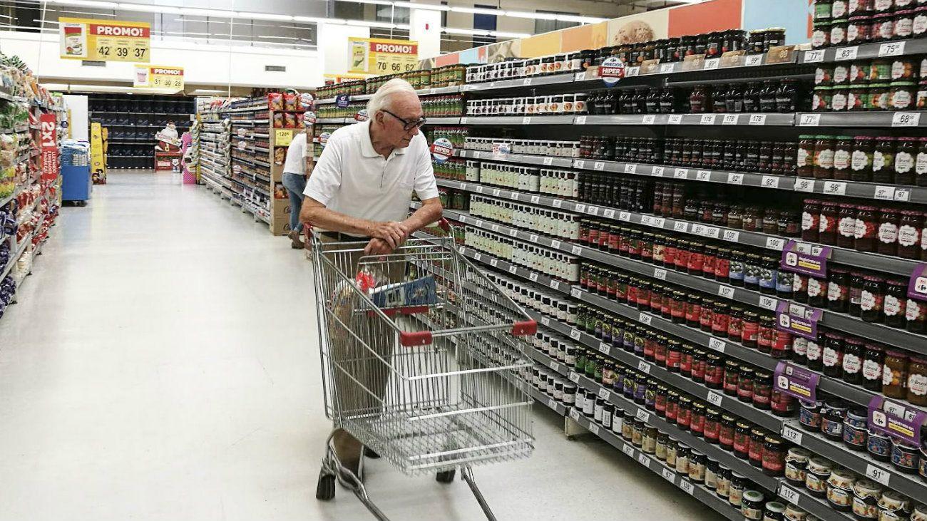 El consumo en shoppings registró la segunda caída consecutiva, tras once meses de crecimiento en la comparación interanual.