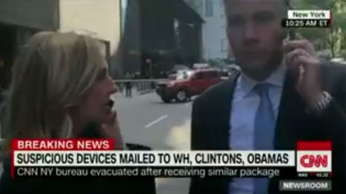 CNN reporters Jim Sciutto and Poppy Harlow, who were anchoring when the CNN New York bureau was evacuated, continued broadcasting from the streets outside.