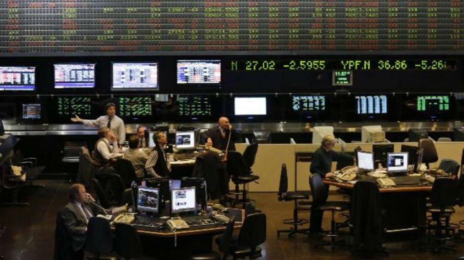 Cae la Bolsa porteña a tono con los mercados globales