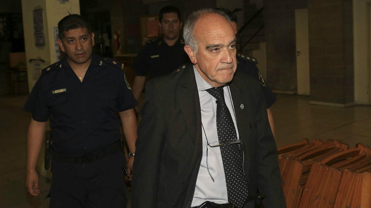El juez Carzoglio aseguró que la AFI y Carrió lo buscaron por el Caso Moyano