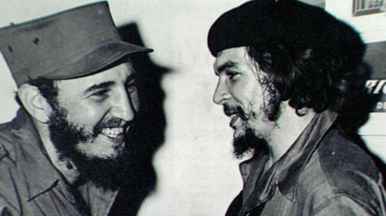 Fidel Castro y Ernesto Che Guevara.