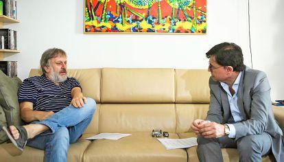 Diálogo. Slavoj Zizek con Jorge Fontevecchia. Hablaron de los populismos, el avance de China, su discusión con el feminismo y el rol de las redes en la época actual.