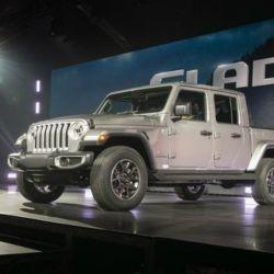 10-jeep-gladiator-los-angeles-motor-show-2018