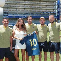 1115_Boca_Juniors_Pampita