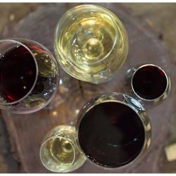 vino-tinto-vino-blanco