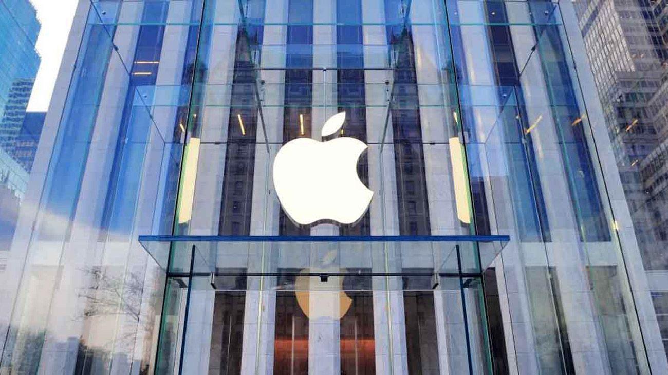 Las acciones de EE.UU. caen: Apple y Facebook lideran baja tecnológica