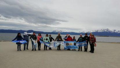 Familiares de los 44 tripulantes desaparecidos del Submarino ARA San Juan los homenajearán en Ushuaia, el puerto desde donde zarpó.