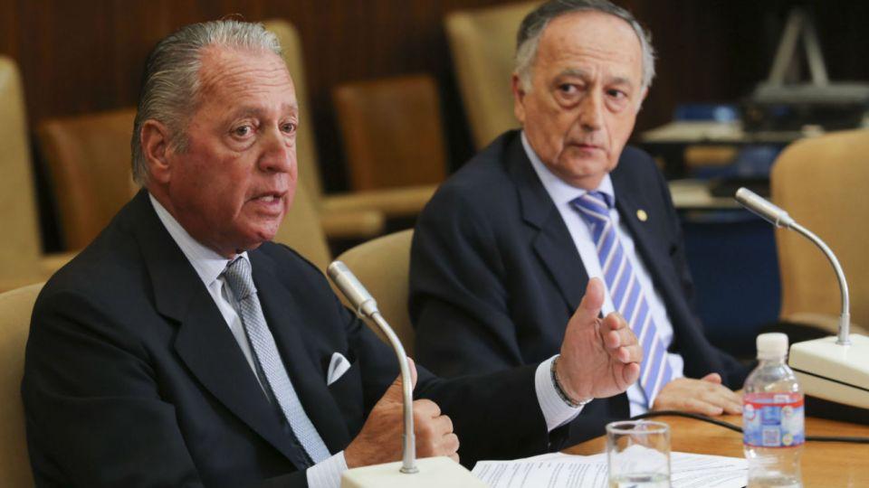 El vice de la UIA, Daniel Funes de Rioja, junto al presidente, Miguel Acevedo.