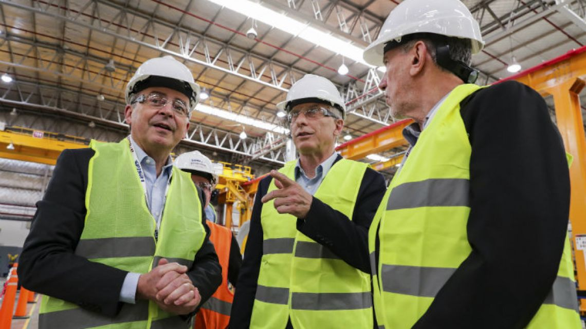 President Mauricio Macri (centre) visits a factory in Buenos Aires Province on Wednesday.