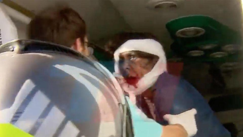 Señora herida en la explosion de un artefacto casero en el cementerio de recoleta