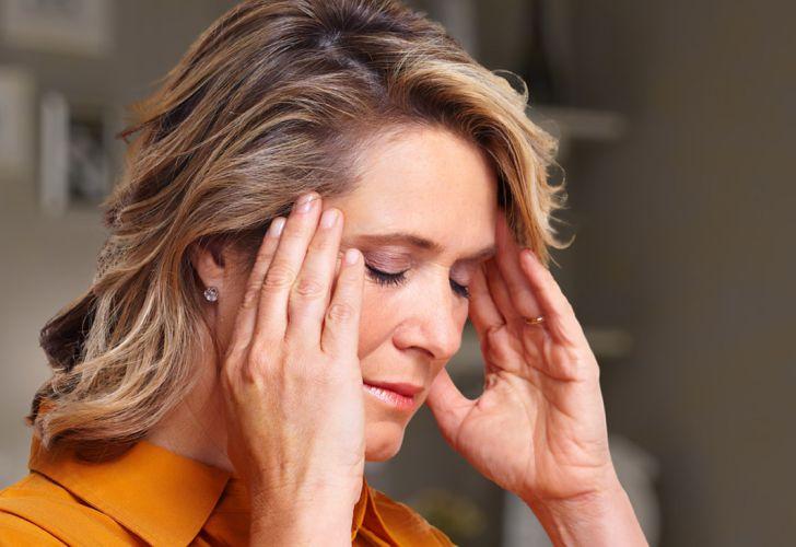 Dolores de cabeza del lóbulo frontal