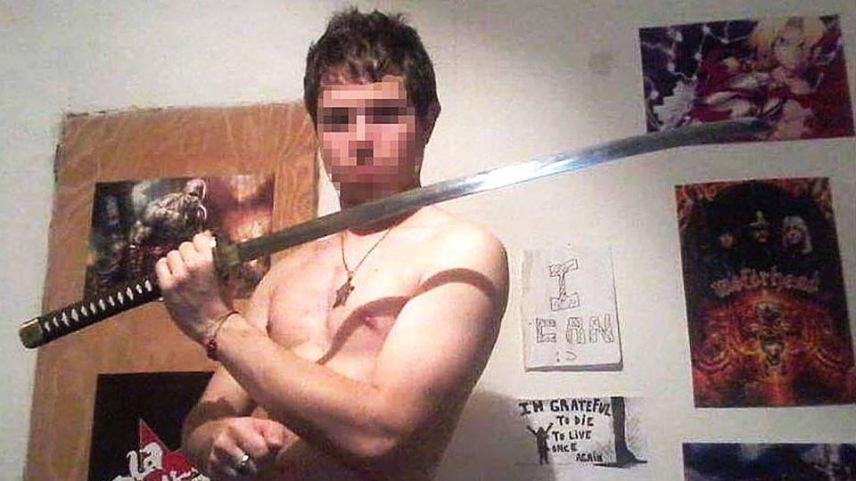 Acusado. Jonathan tiene 27 años. Asesinó a su familia a cuchillazos.