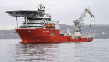 Operativo. El Seabed Constructor seguía ayer con los barridos en la zona 15A-4.