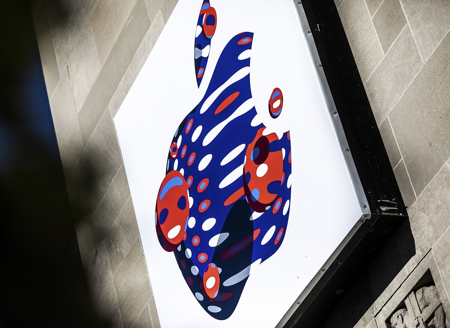 Attendees Arrive For Apple Inc. iPad And Mac Unveiling Event
