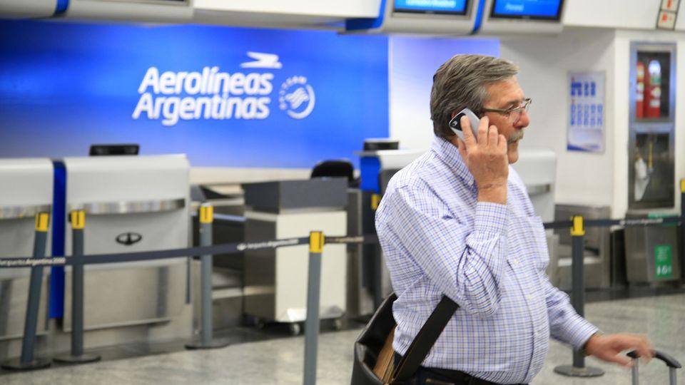 El presidente de Aerolíneas Argentinas, Luis Malvido, advirtió este miércoles que la compañía estatal está virtualmente quebrada.