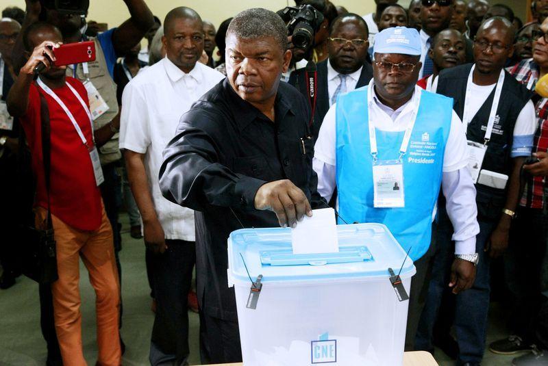 """El ejemplo de Angola: hacer frente al """"cáncer"""" de la corrupción para estimular la economía"""