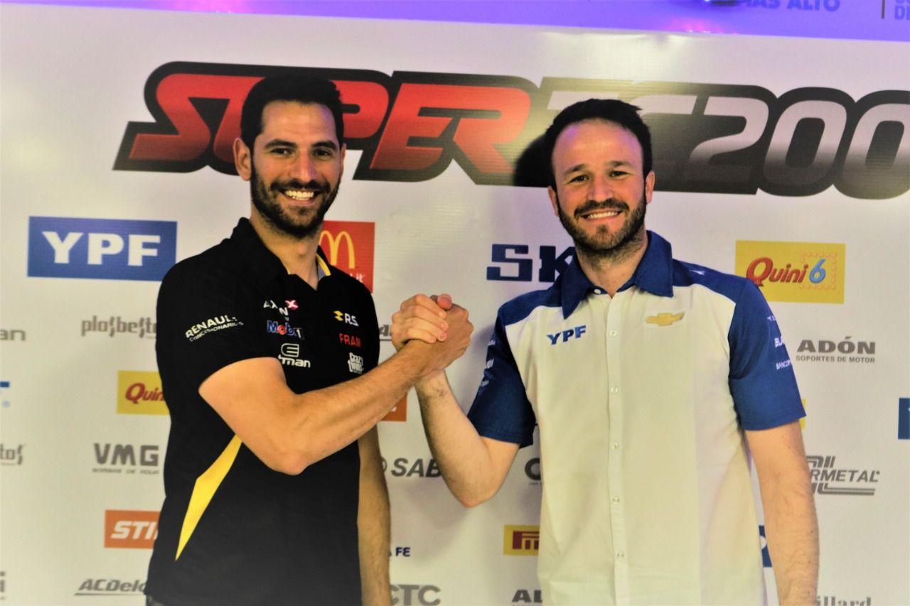 Mano a mano. Ardusso (Renault) y Canapino (Chevrolet) definen el título.