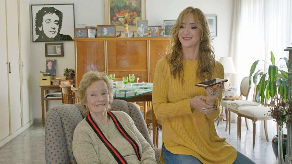 Ellas. Lidia Clarke y su hija Laura en la nueva biopic de Cerati.