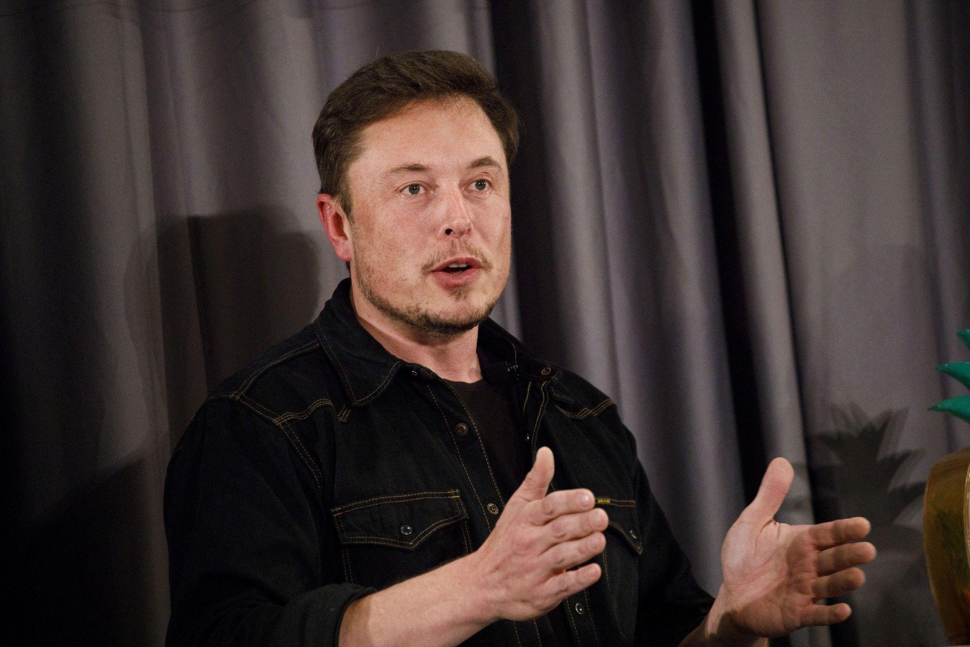 Elon Musk, Jeff Bezos, Boeing y compañías francesas viajarán al espacio este martes