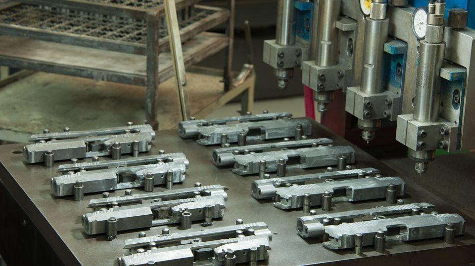 Fabrica de armas 11282018
