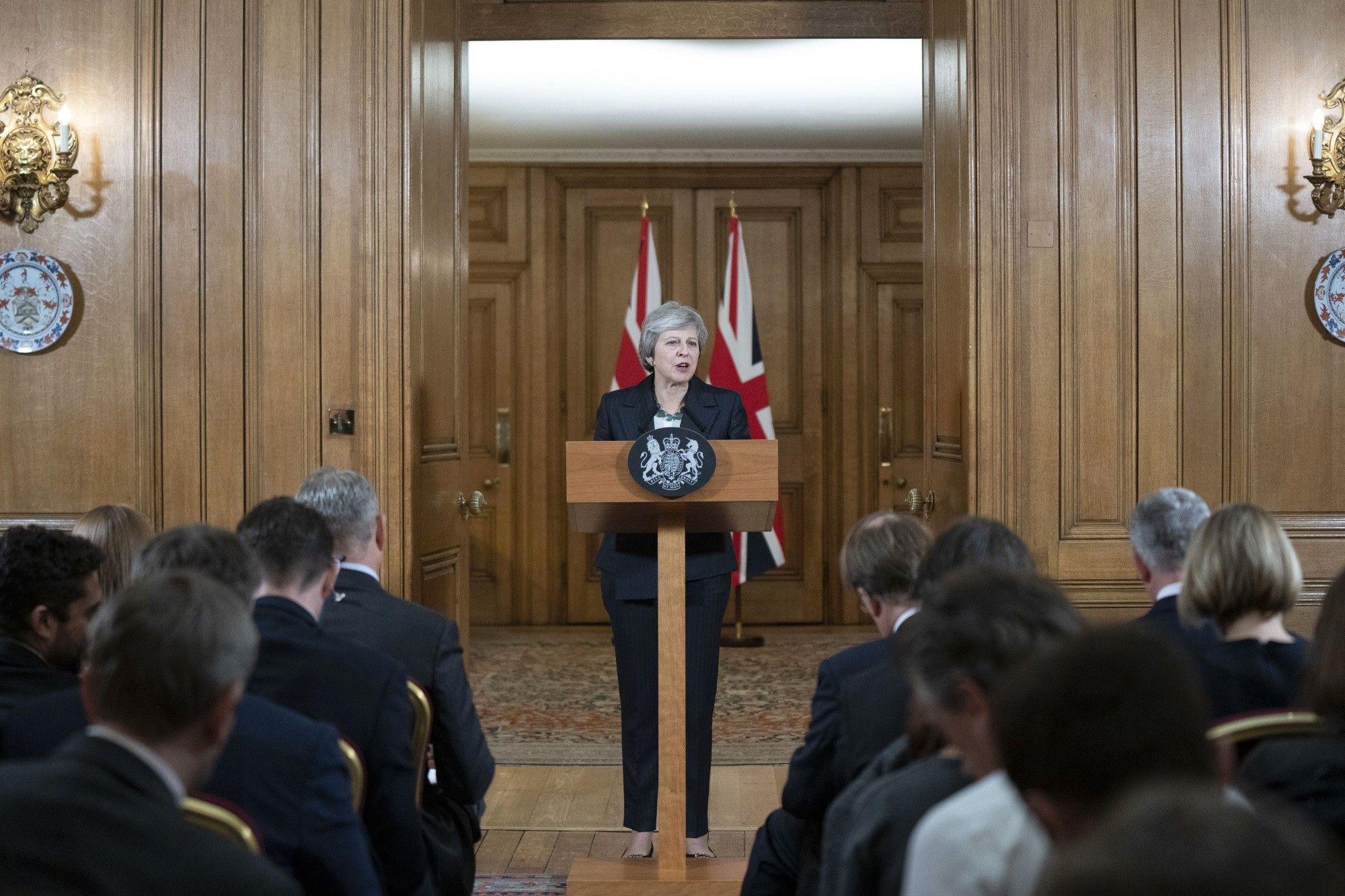May's Brexit Plan Thrown Into Crisis Following U.K. Brexit Secretary Resignation
