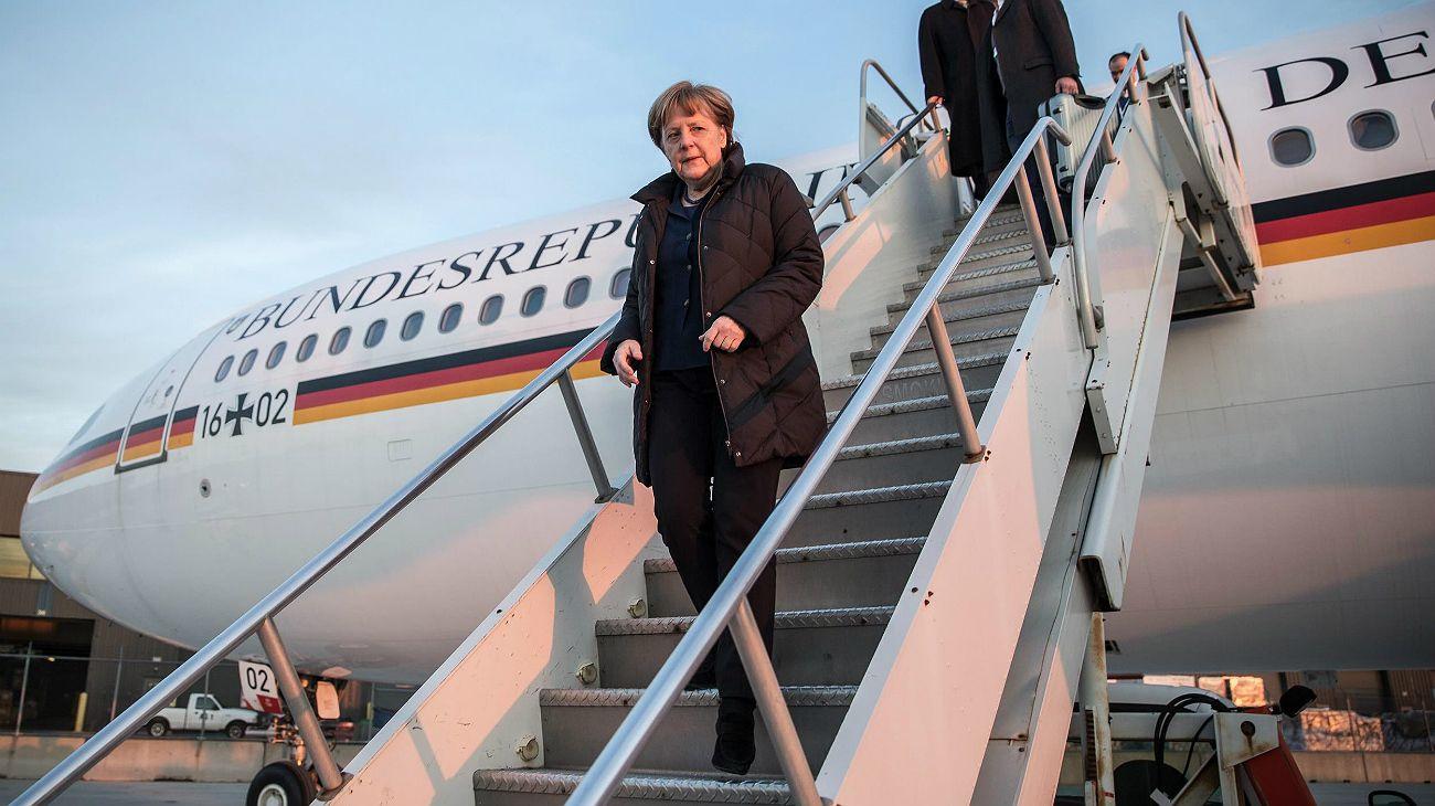 El vuelo de Merkel que la traía a Argentina tuvo que regresar a Alemania por problemas técnicos