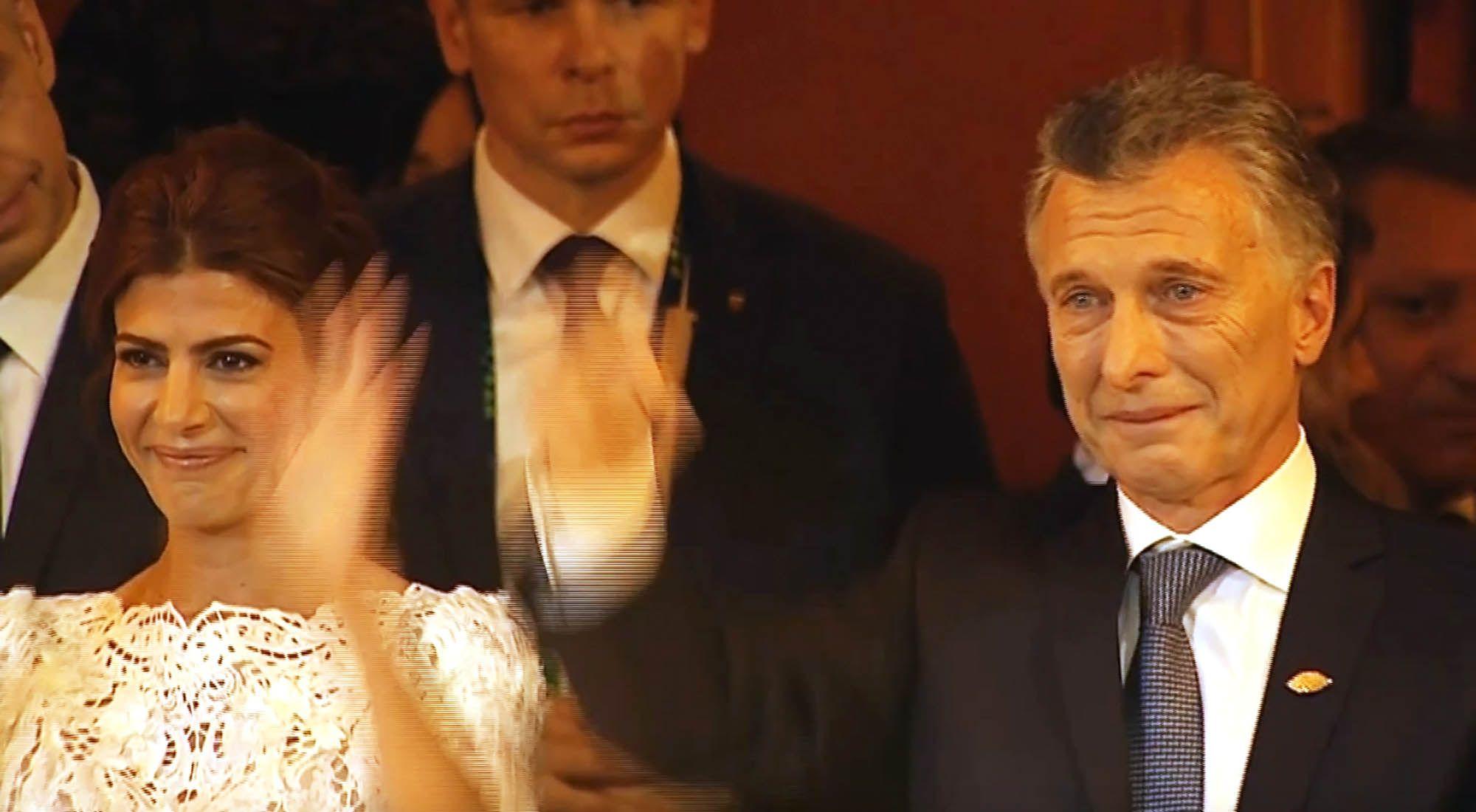 Mauricio Macri lloró de emoción al finalizar la gala en el Teatro Colón