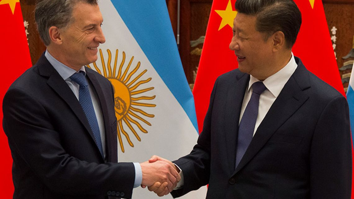 President Mauricio Macri (left) and Chinese premier Xi Jingping.
