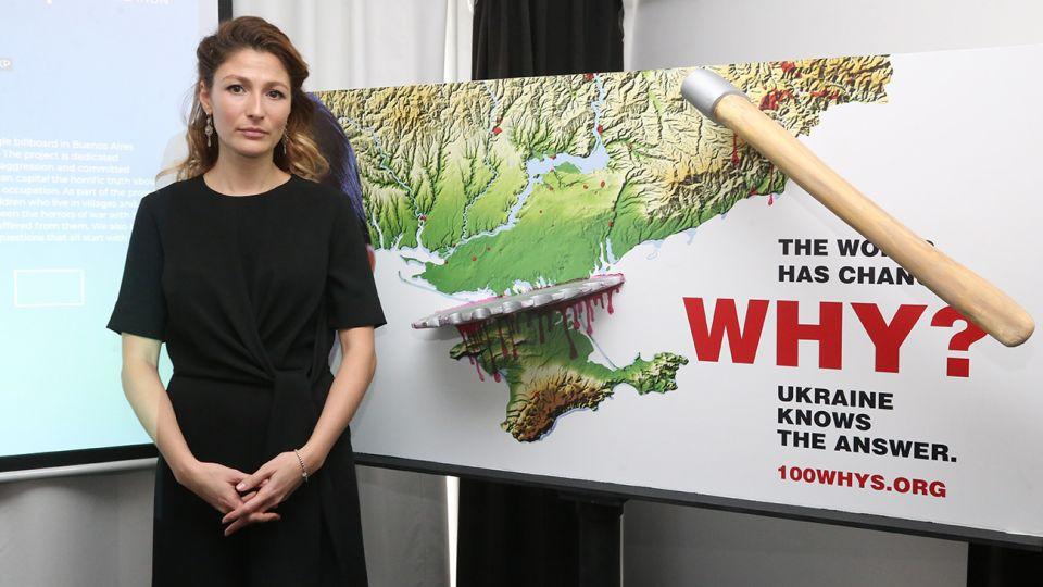 Emine Dzhaparova presentó la campaña One Billboard en Argentina
