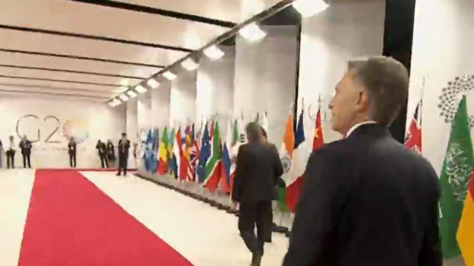 Macri llegando al Centro Costa Salguero, para el inicio del G20.