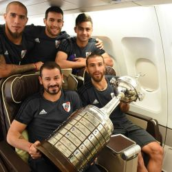 river avion ezeiza regreso campeon @CARPoficial 2