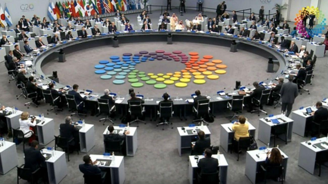Las actividades comenzarán con la tercera parte del debate y luego la difusión de un documento con las conclusiones del foro.