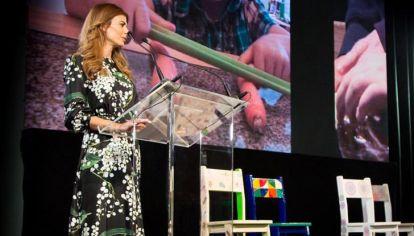 Awada y los acompañantes del G20: arte contra la pobreza infantil