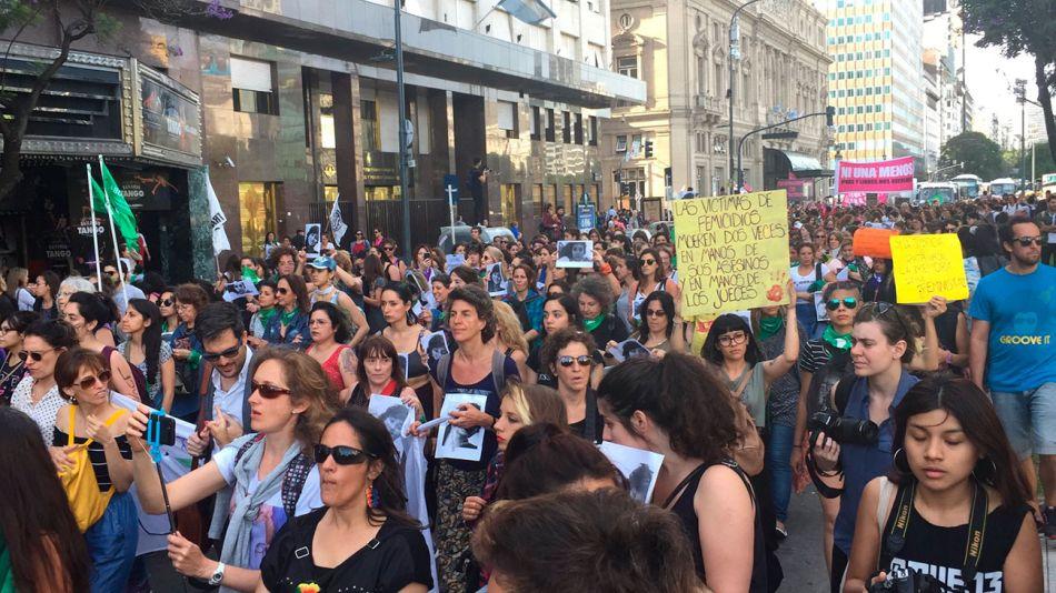 marcha-mujeres-12052018-01