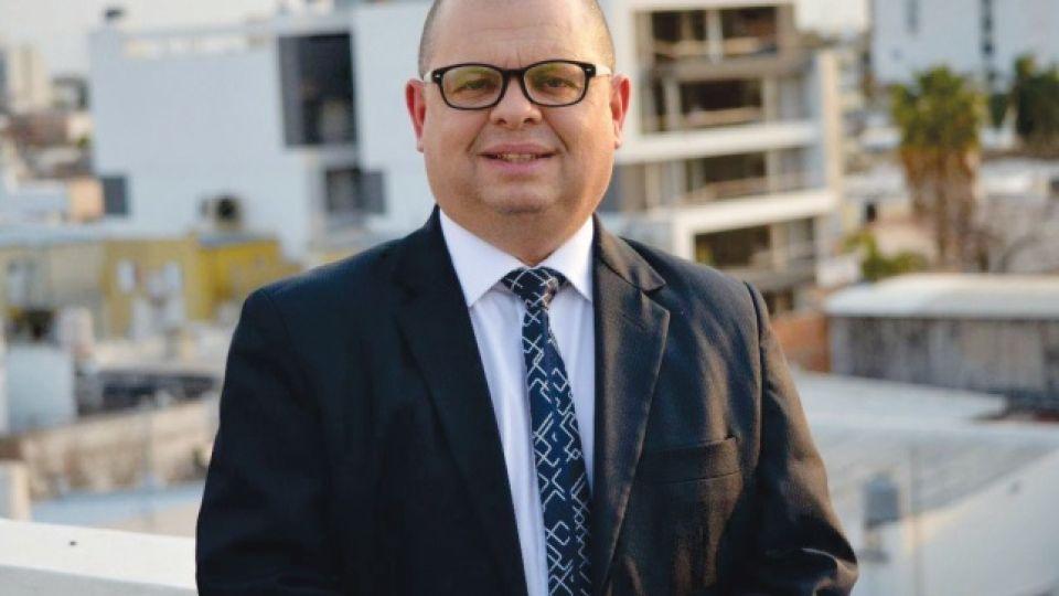 Dr. Carlos Zimerman