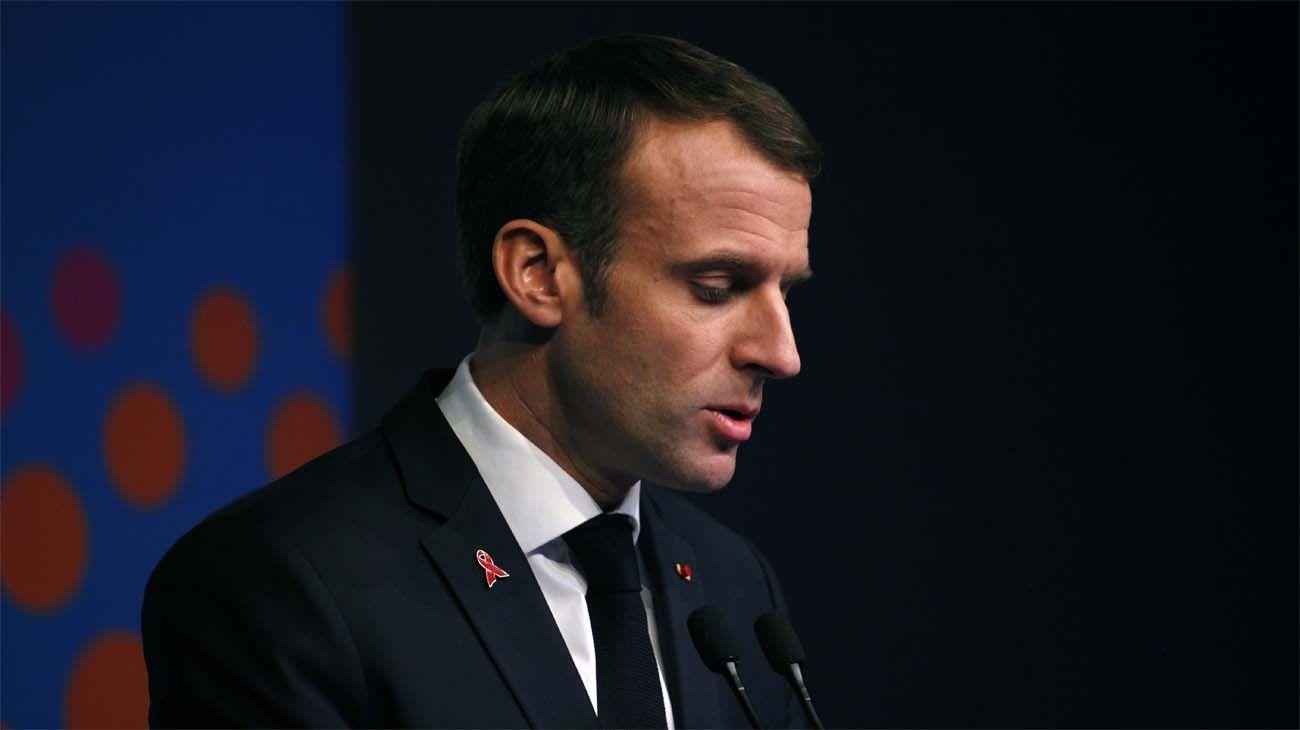 Emmanuel Macron declaró el estado de emergencia económica